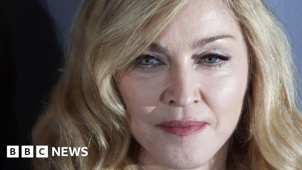 Judge rules Madonna auction can go ahead