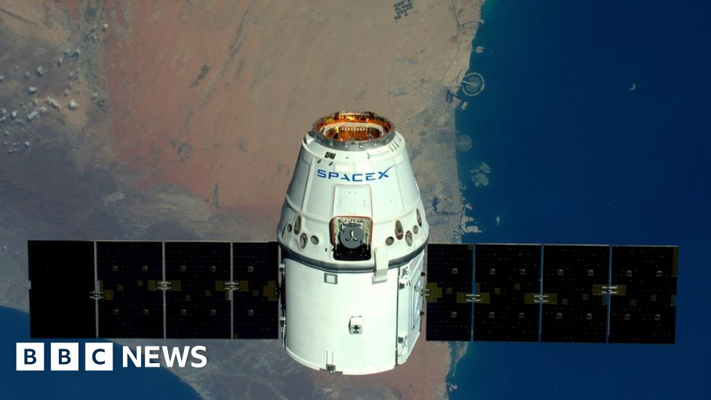 SpaceX aims to launch internet from space