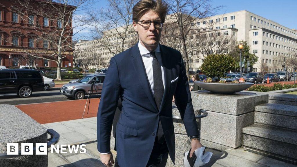 Trump-Russia inquiry: Lawyer Alex van der Zwaan pleads guilty