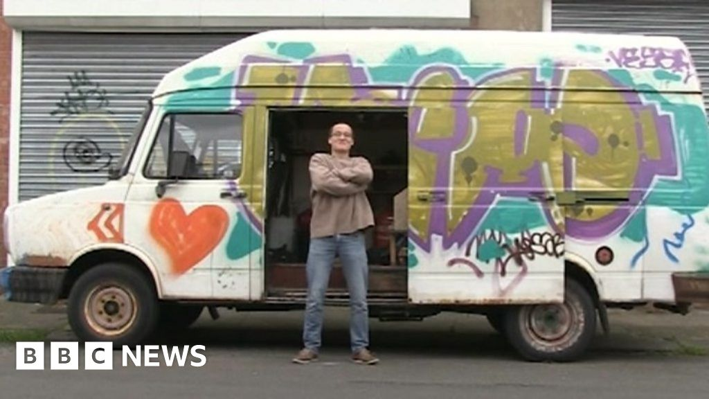 Tom, 19, Speaks About Living in a Van