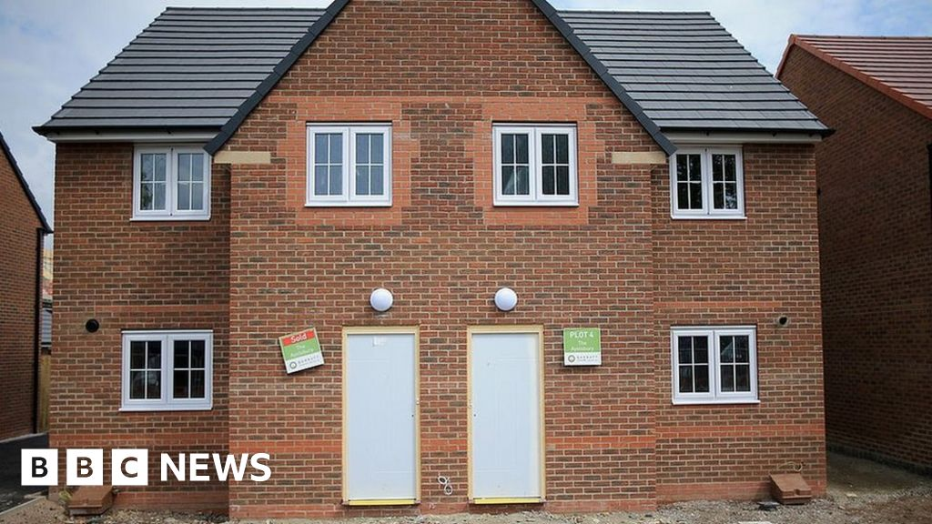 Plans to ban leaseholds on new build houses in england for New homes to build