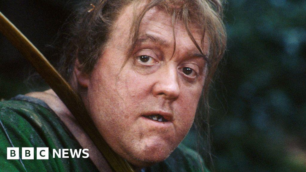 Maid Marian actor Howard Lew Lewis dies at 76
