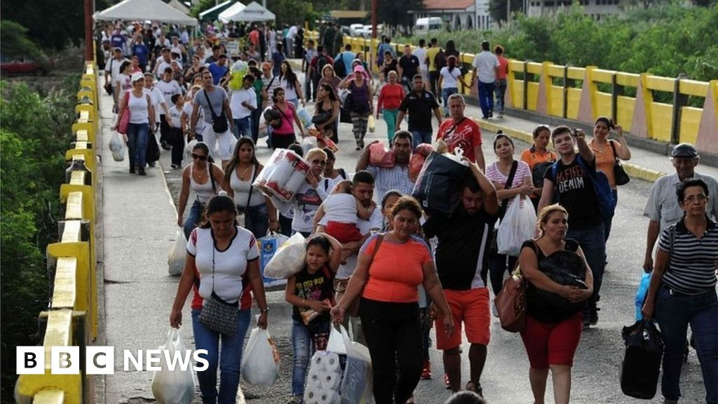 Colombia says 550,000 Venezuelans have fled to the country