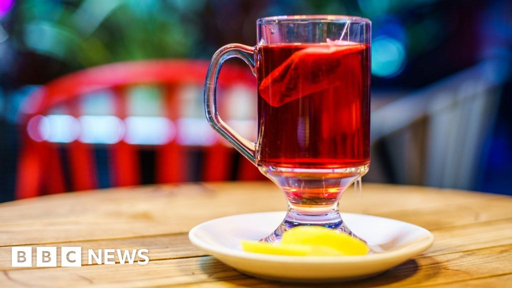 Sipping acidic fruit teas can wear away teeth, says study