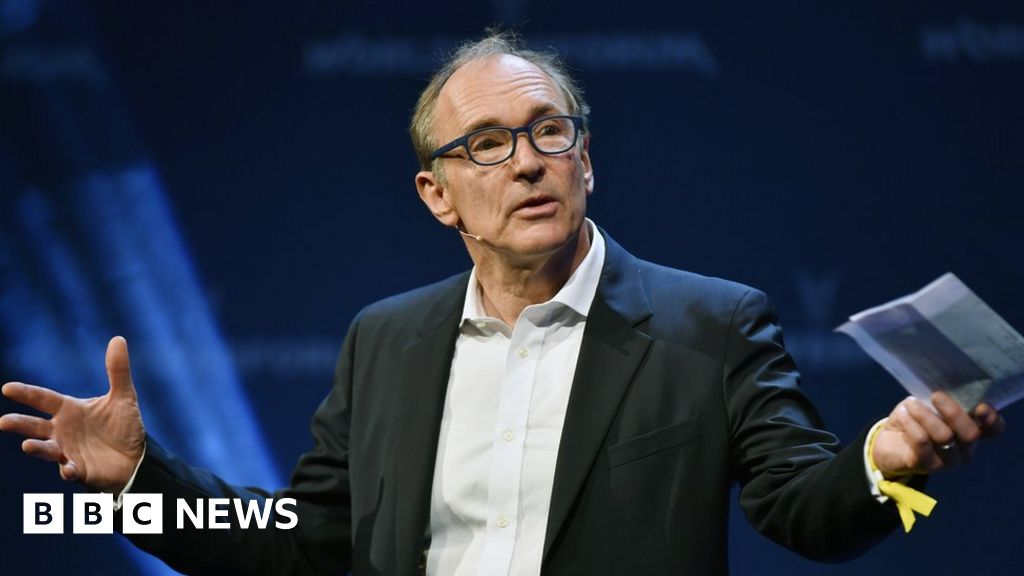 Web creator Berners-Lee targets fake news