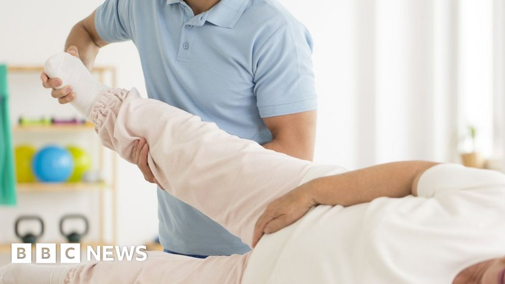 Hip fracture patients face up to 80-day wait for rehab, survey finds