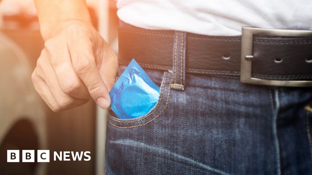 'World's worst' super-gonorrhoea man cured - BBC.com