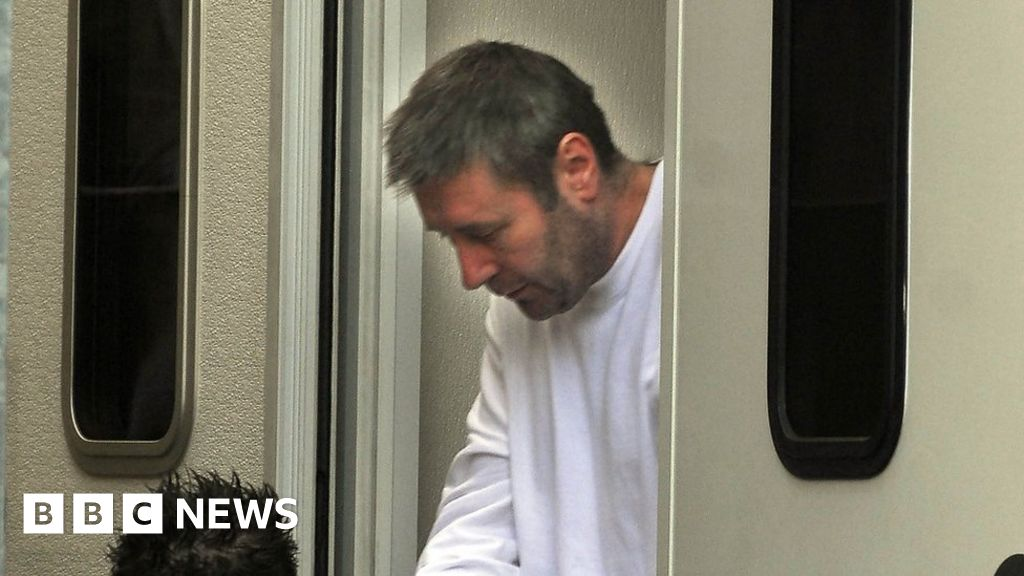Newspapers threaten legal action for Worboys parole report