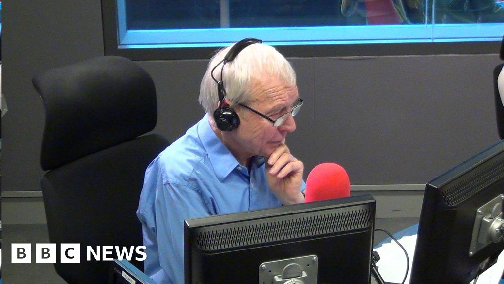 John Humphrys put on spot over Carrie Gracie remarks by Jo Swinson