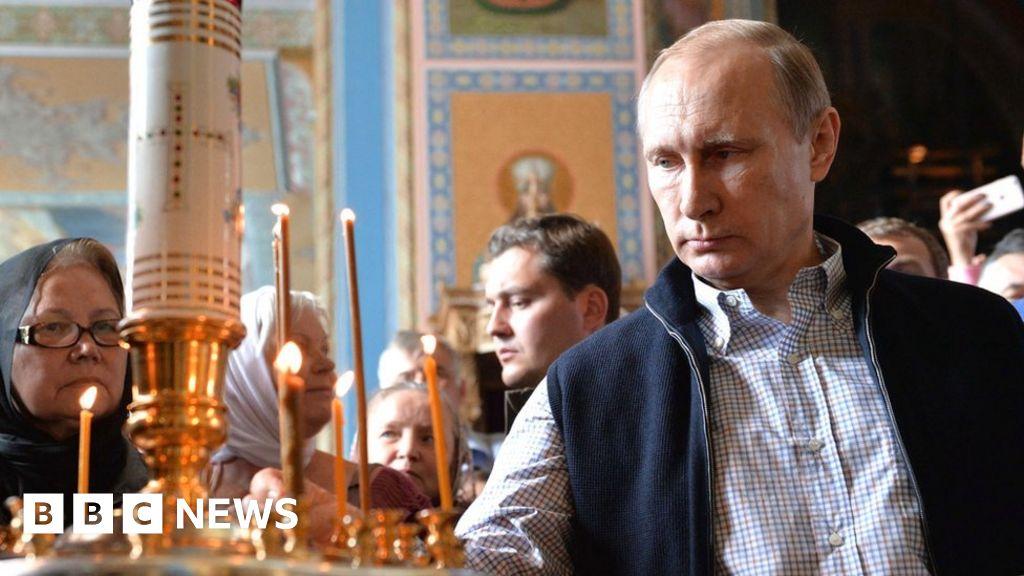 Putin cast as national saviour ahead of Russia election