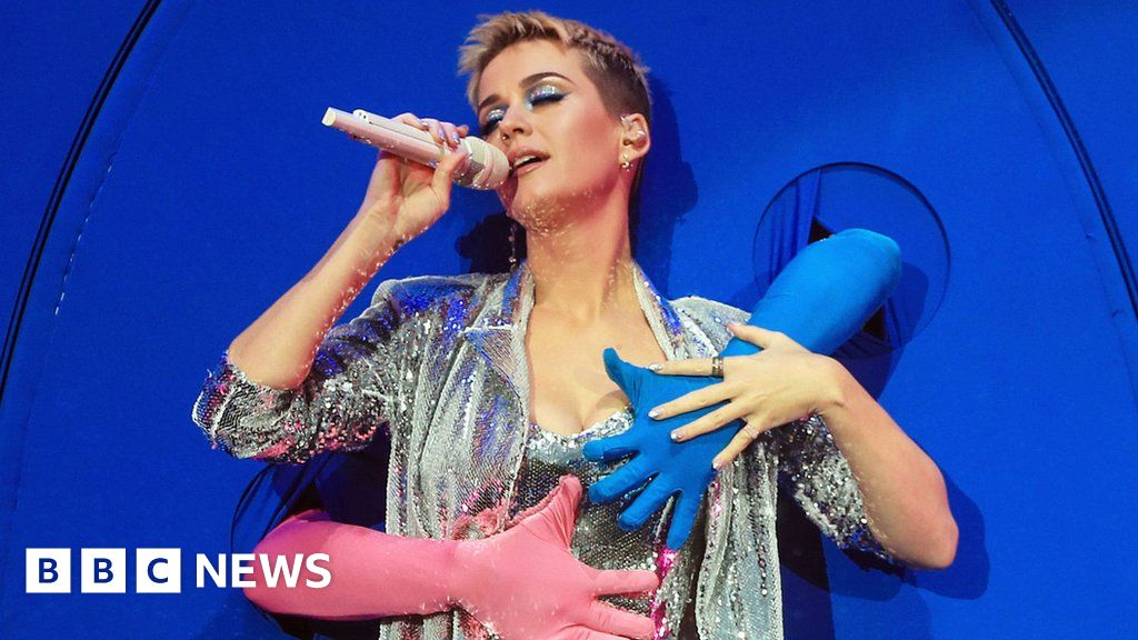 Katy Perry in 'tough conversations' with her record label