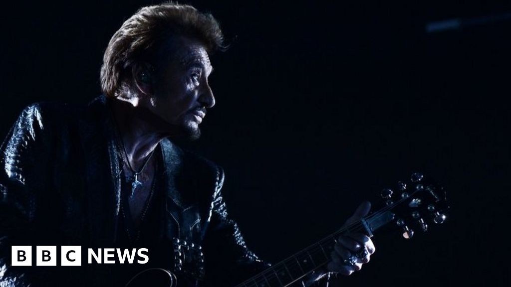 French rock star Johnny Hallyday dies