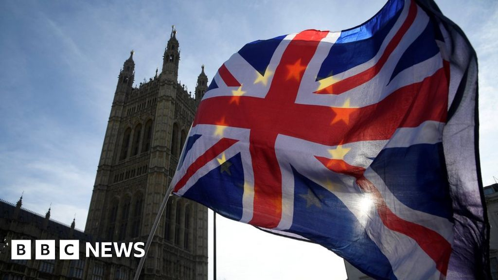 MPs send Brexit 'suggestions' to Theresa May