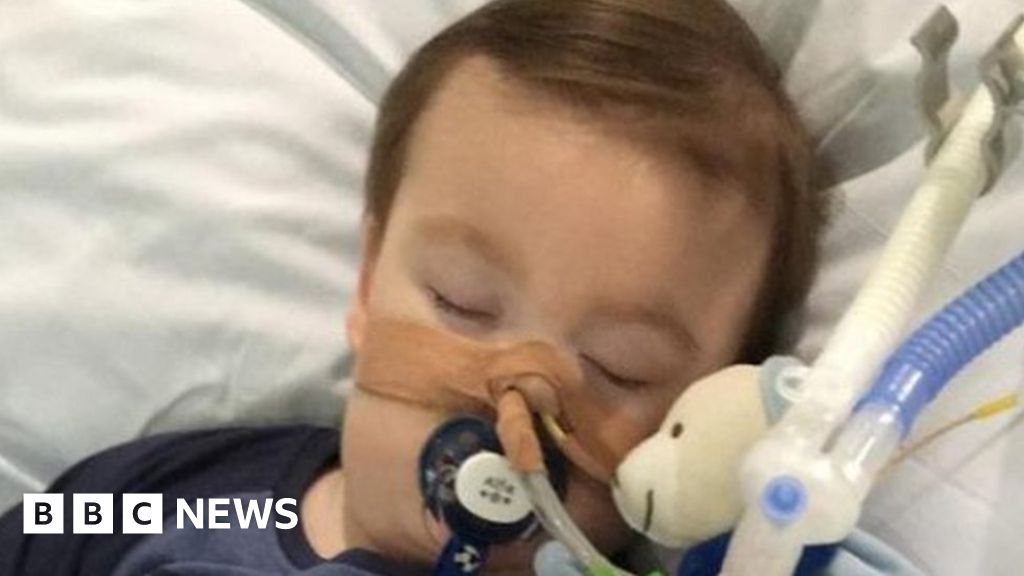 Sick toddler's life support 'can end'
