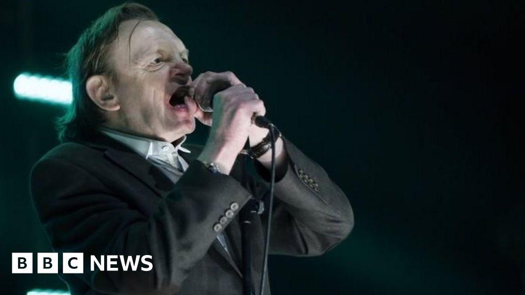 The Fall singer Mark E Smith dies