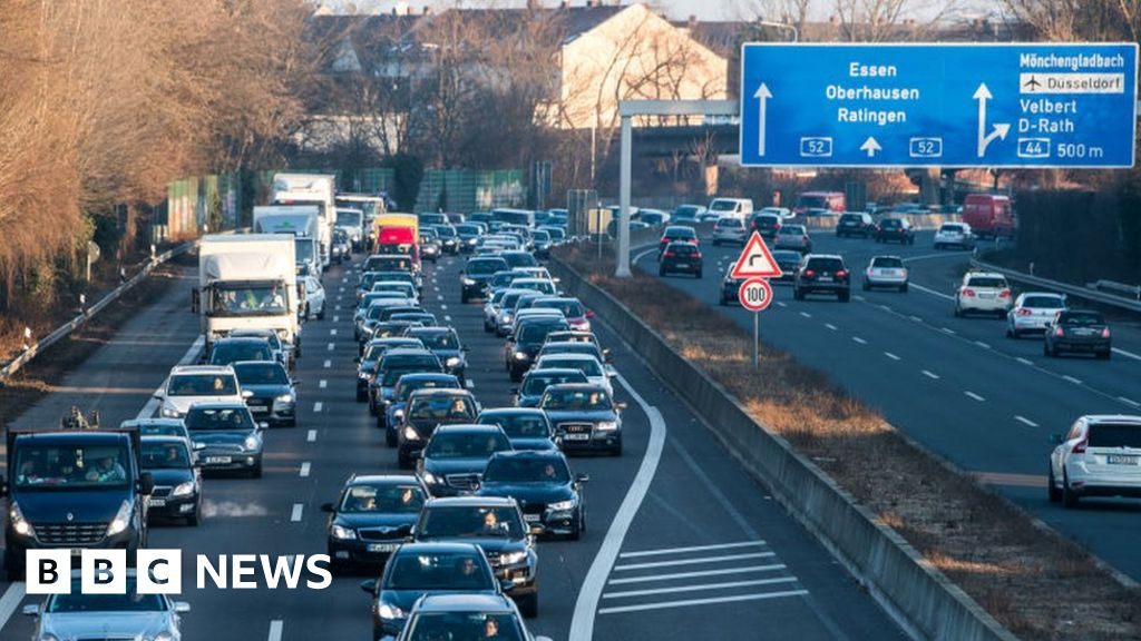 Diesel car ban approved for German cities thumbnail
