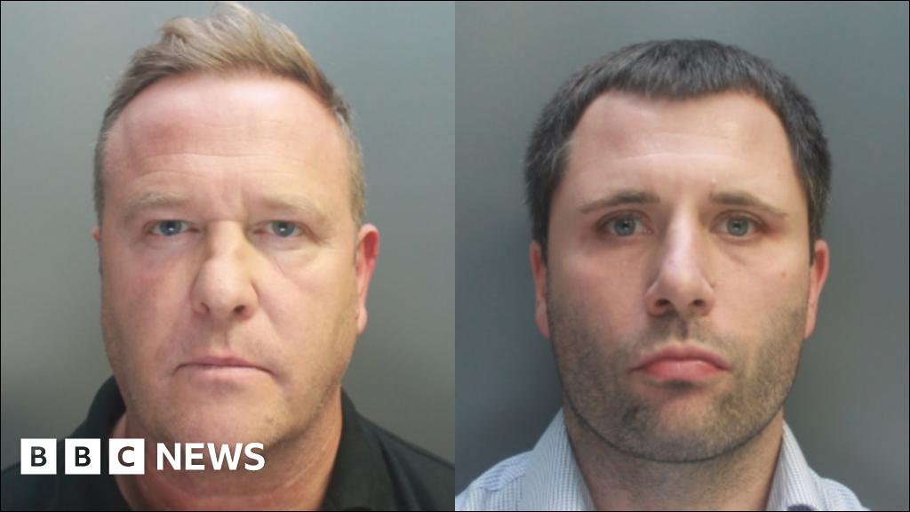 Welsh businessmen stole hundreds of mobile phones