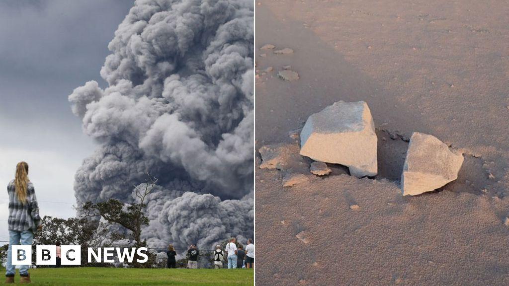 Hawaii volcano spews 'ballistic blocks'