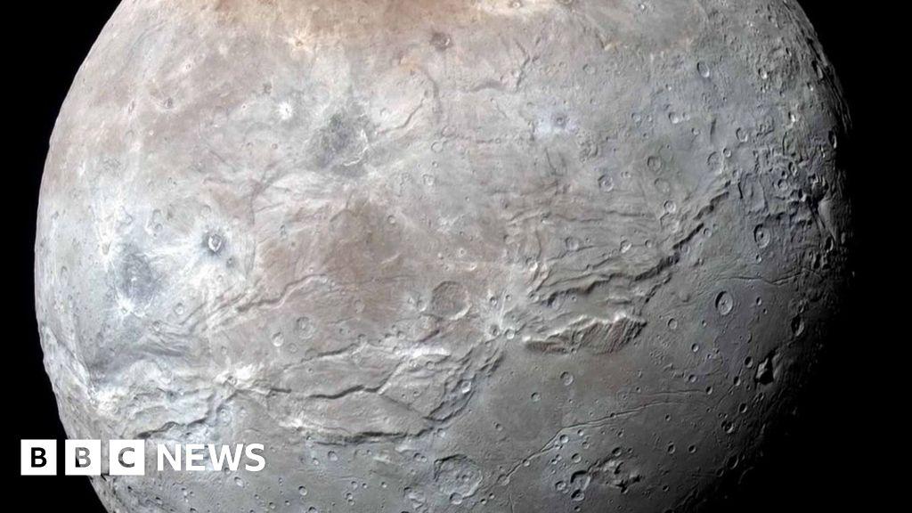 Charon Moon: New Horizons: Charon Moon Seen In Super Detail