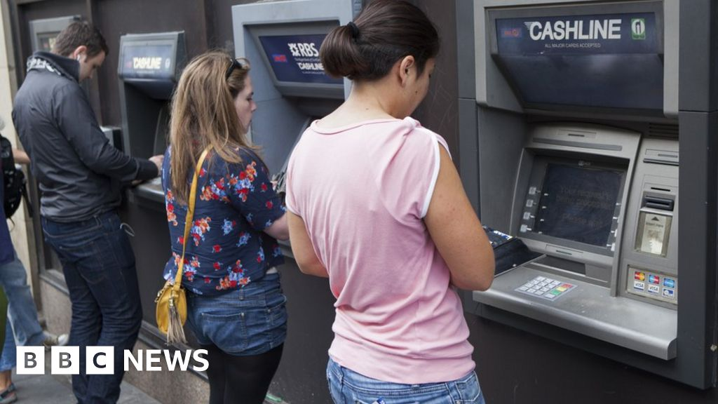 Fewer people switching bank accounts