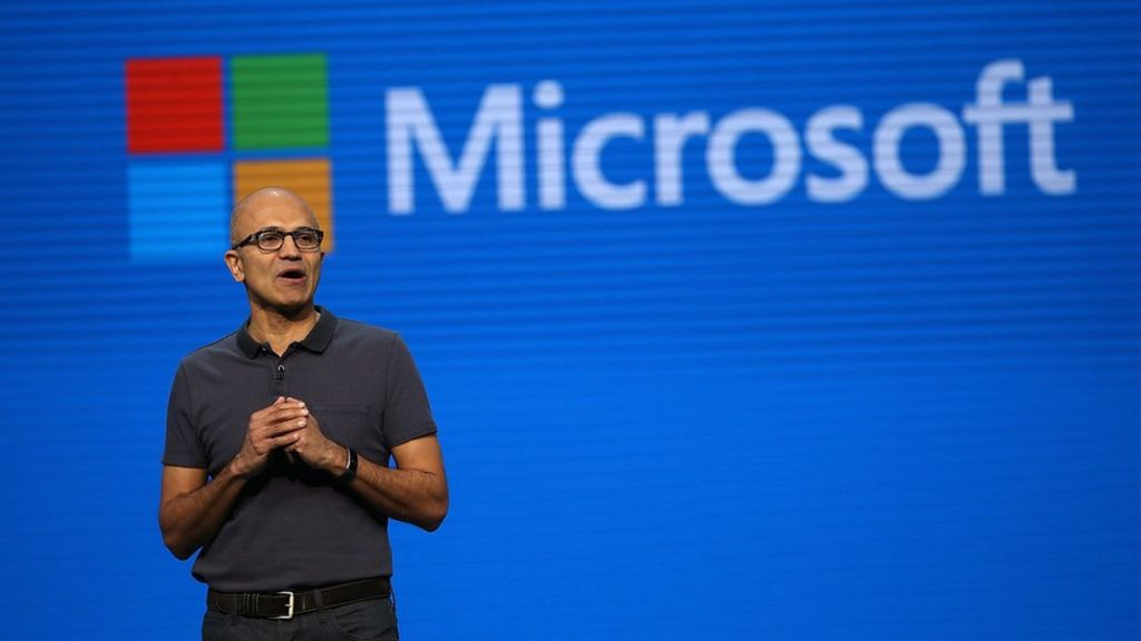 Microsoft plans cuts in reorganisation