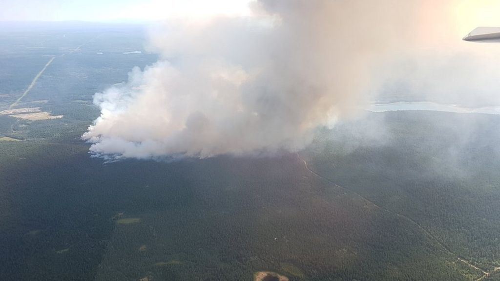 Canada's British Columbia battles wildfires