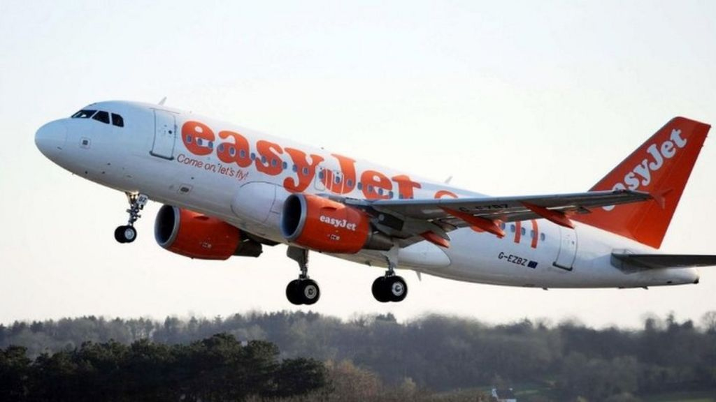 Easyjet emergency landing after 'smoke smell'