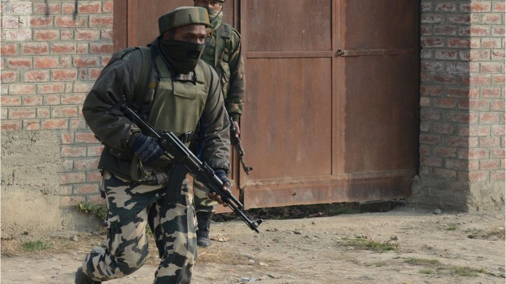 India Kashmir stand-off ends, four killed - BBC News
