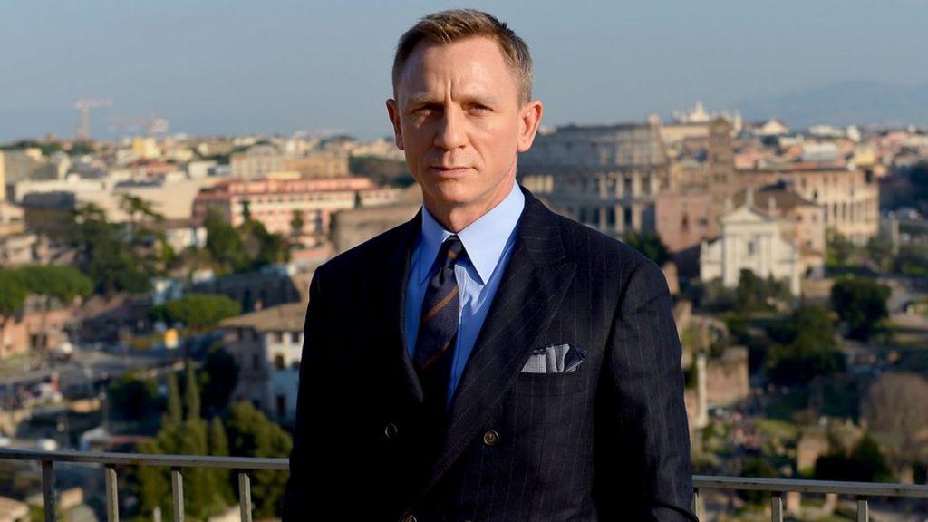 James Bond 25: New film announced - but where's Daniel Craig? - BBC News