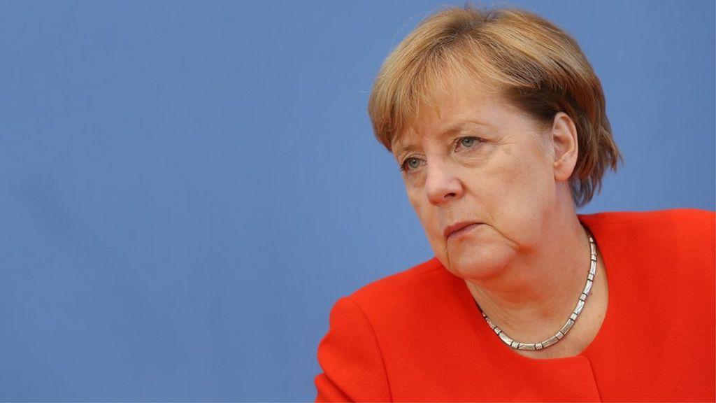 За что Меркель собралась мстить Путину