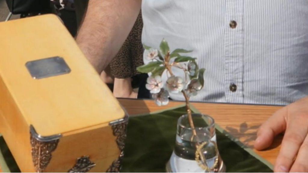 Antiques Roadshow Faberge ornament 'valued at £1m'