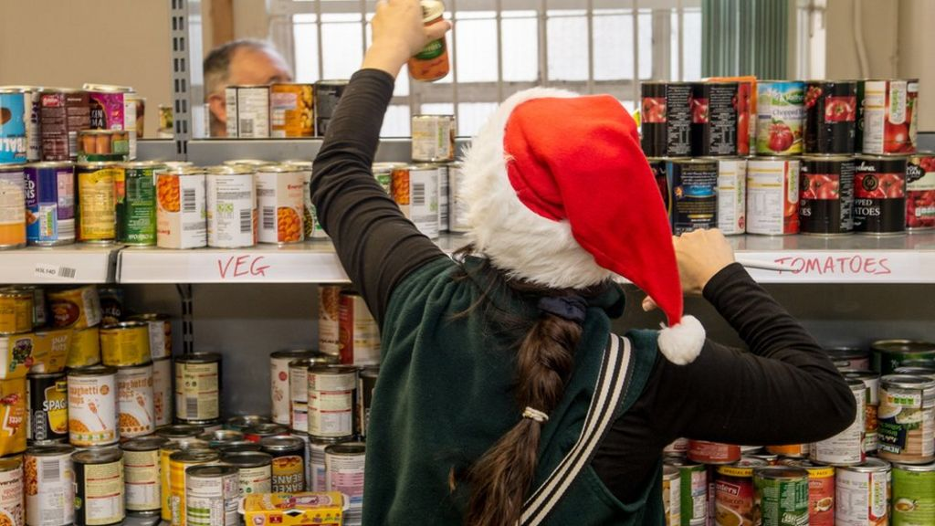 Food banks 'to help more children'