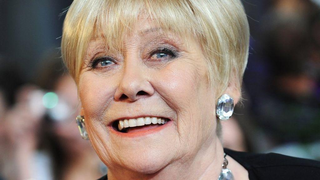 Coronation Street star Liz Dawn dies