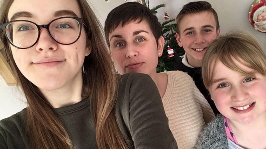 Parents with cancer at Christmas: 'It's exhausting'