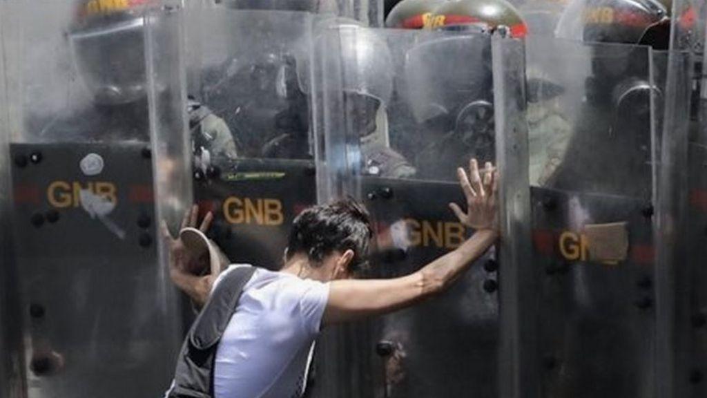 Venezuelan president sacks military top brass amid abuses