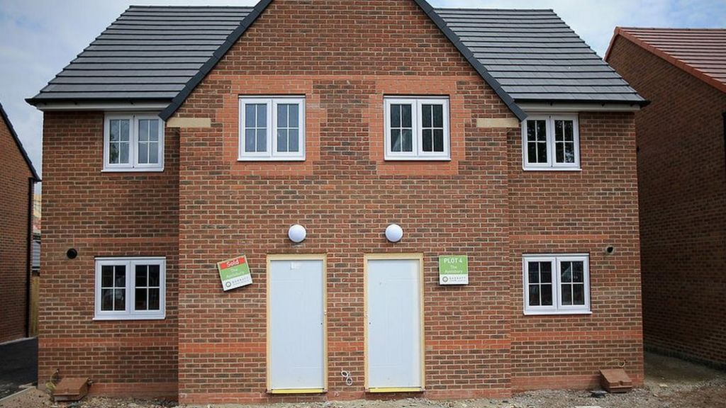 Plans to ban leaseholds on new-build homes in England