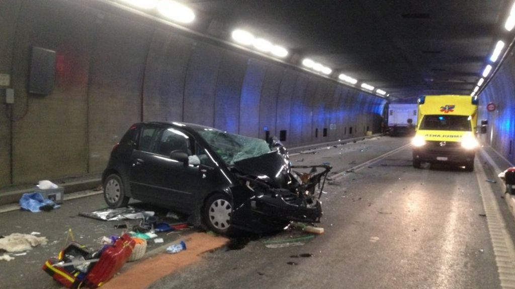 Switzerland's Gotthard road tunnel closed by deadly crash