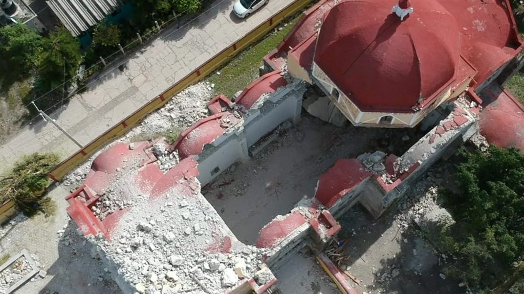 Mexico quake hit christening ceremony