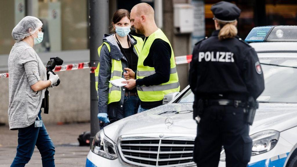 Hamburg supermarket attacker 'was known Islamist'