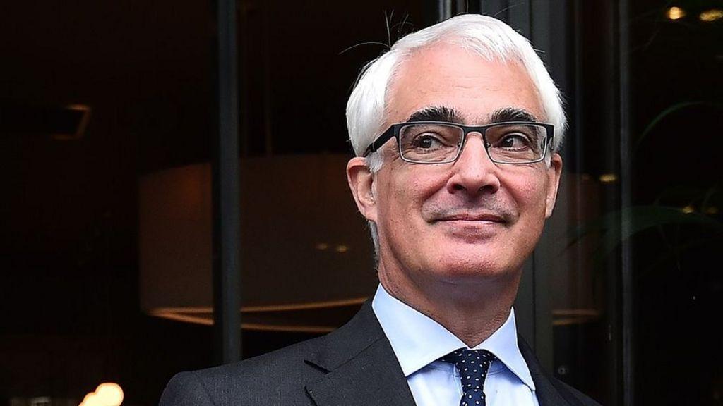 Darling: 'Alarm bells ringing' for UK economy