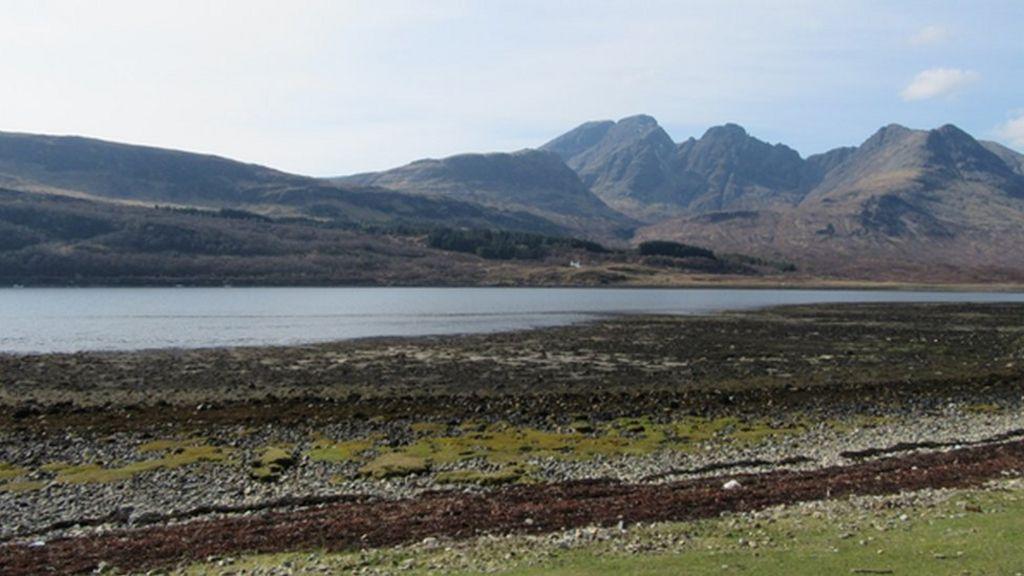 Prehistoric Skye meteorite impact found