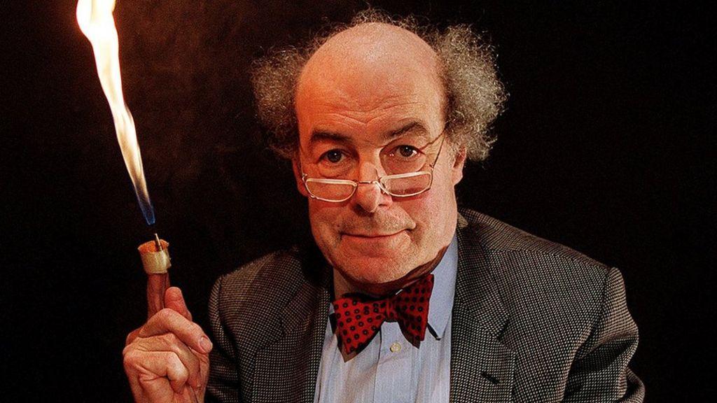 Scientist Heinz Wolff dies, aged 89