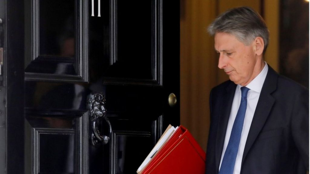 Brexit transition must end by 2022, says Hammond