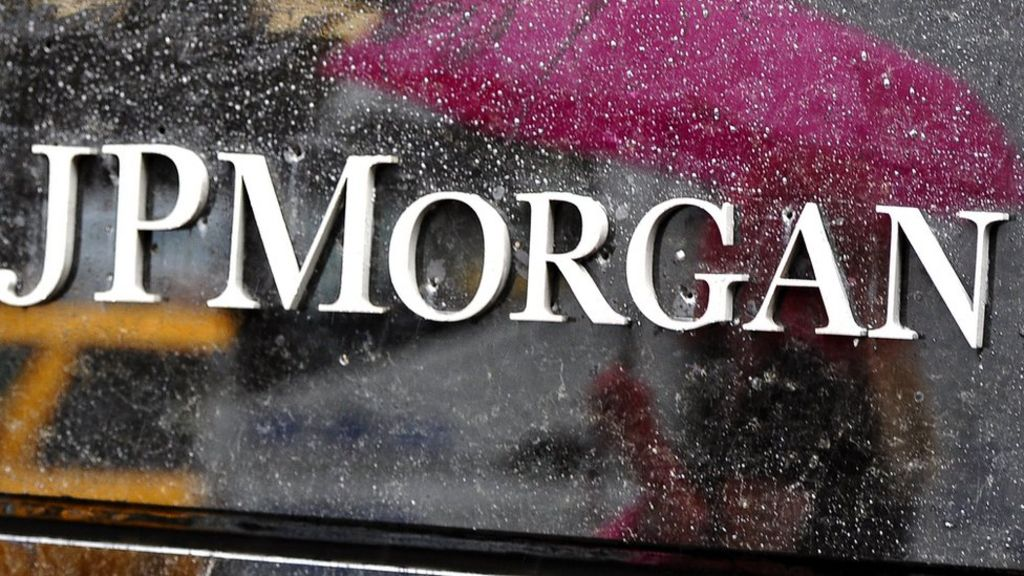 JP Morgan sets aside $500m for losses on energy loans - BBC News