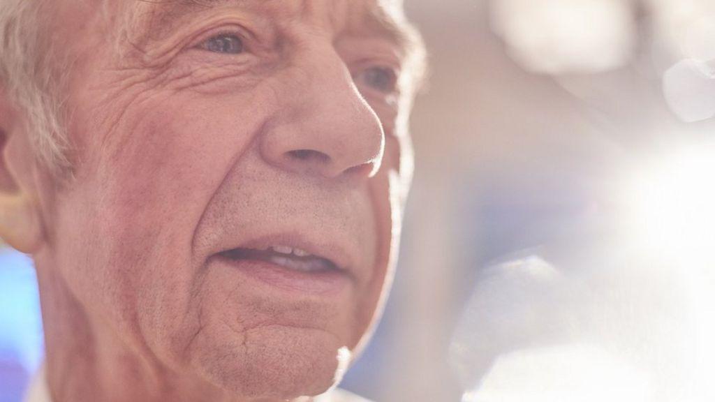 Sharp focus on Alzheimer's may help target drugs
