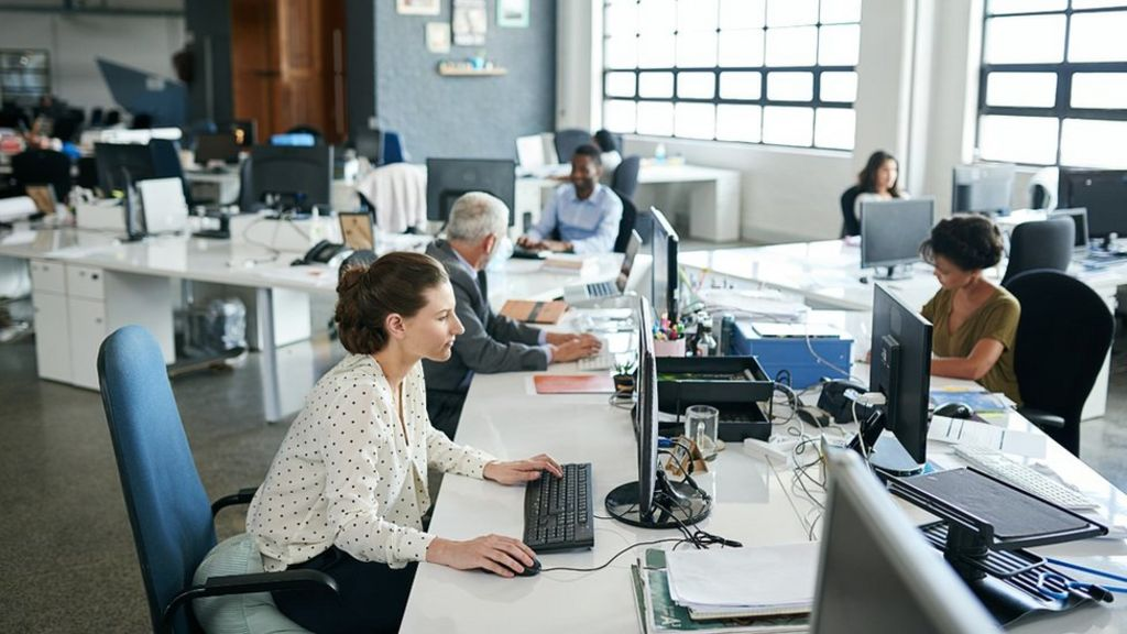 Middle-aged workers 'spend more time sitting than pensioners'