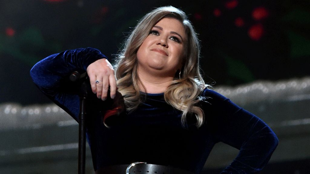 Kelly Clarkson: 'When I was really skinny I wanted to kill myself'