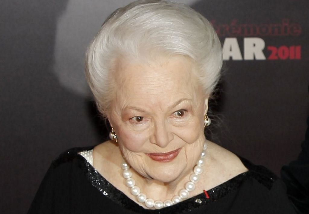 Olivia de Havilland sues FX over Feud: Bette and Joan