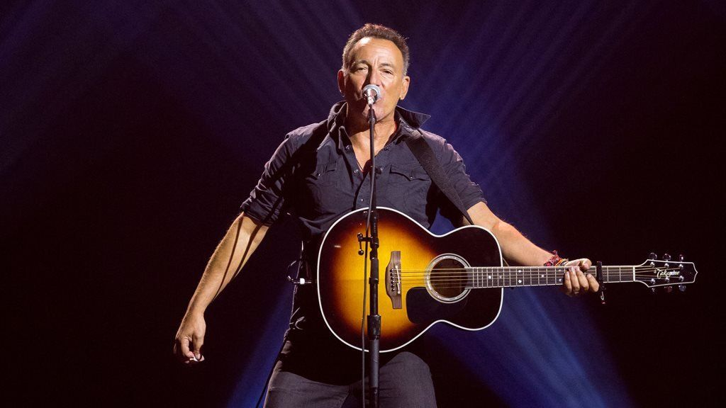 Review: Bruce Springsteen's 'exuberant and intimate' Broadway debut