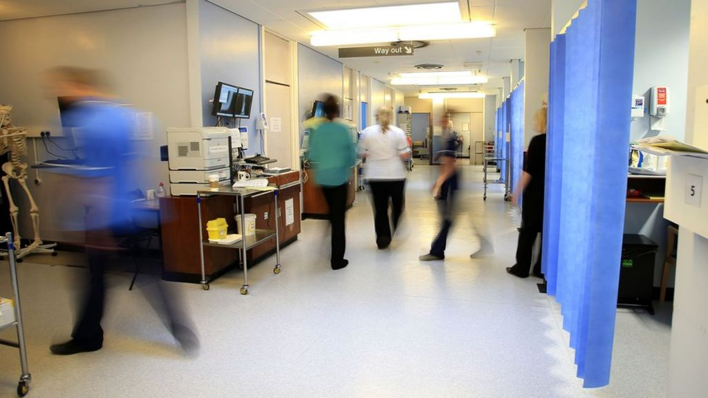 Record numbers call NHS 111 over festive period
